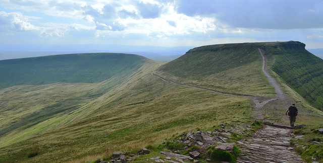 brecon-beacons.jpg
